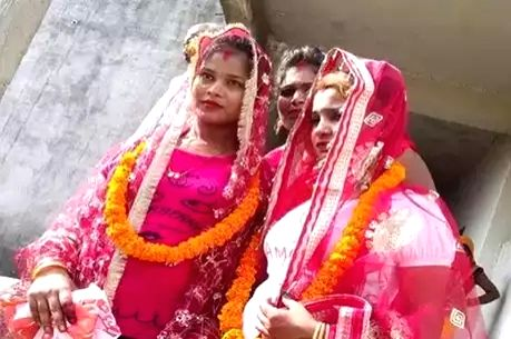 Varanasi: Two cousin sisters in Uttar Pradesh married each other against the wishes of their families. The girls then posted a photograph of their 'marriage' on the social media which sent shock waves in the Varanasi.