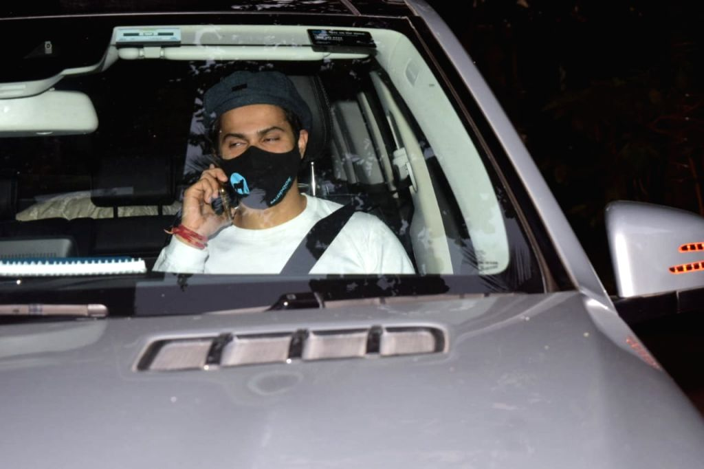 Varun Dhawan and Harman Baweja spotted Maddock office khar.(Ians:photo)