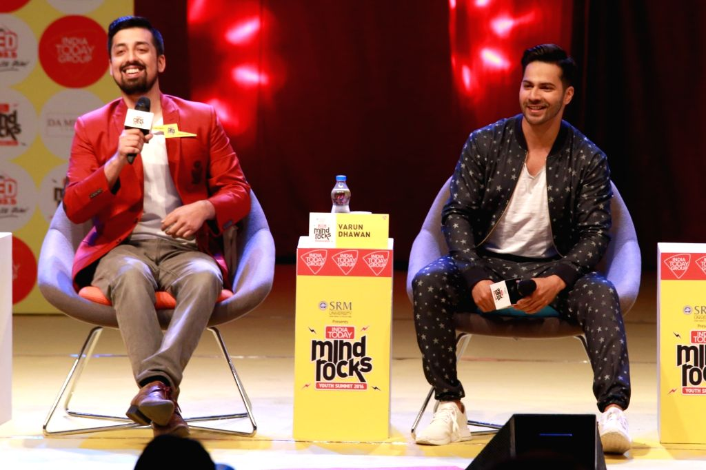 Varun Dhawan at India Today Mind Rocks youth Summit 2016, in New Delhi on Sept 17,2016.