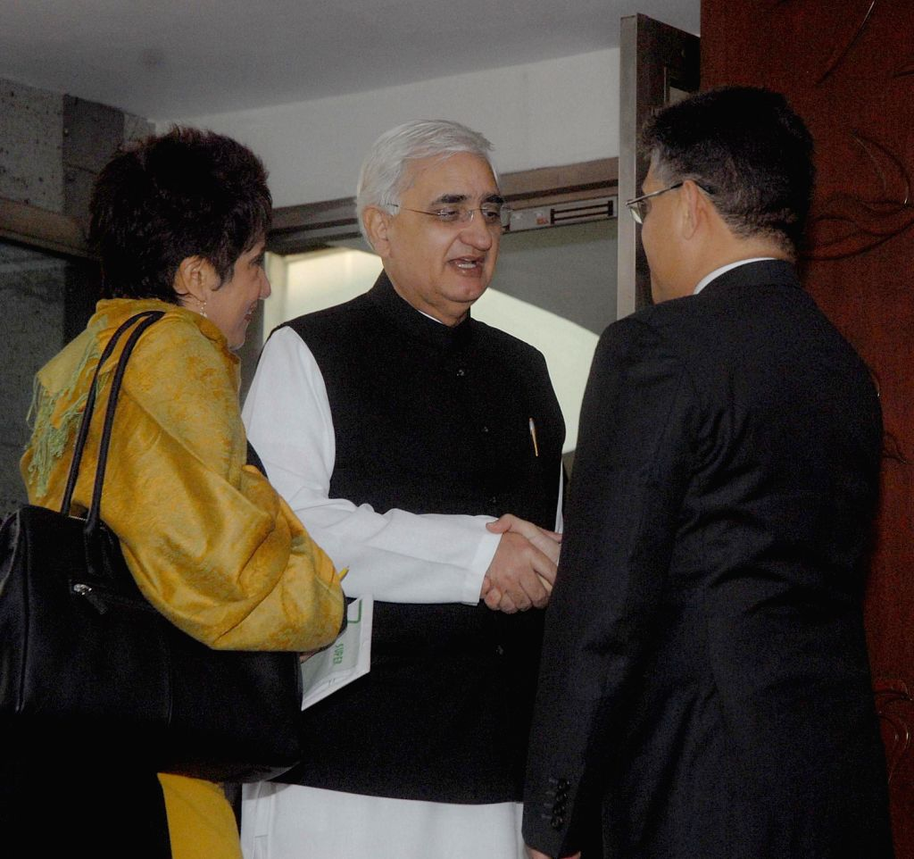 Venezuela's Minister of Popular Power for Foreign Relations Elias Jaua Milano during a meeting with External Affairs Minister Salman Kurshid in New Delhi on Dec.20, 2013.
