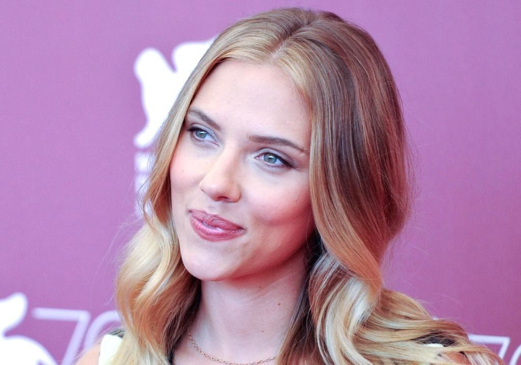 :VENICE, Sept. 3, 2013 (Xinhua/IANS)Scarlett Johansson, actress of the film ``Under The Skin`` poses for photos at the photocall during the 70th Venice Film Festival, in Lido of Venice, Italy, ...