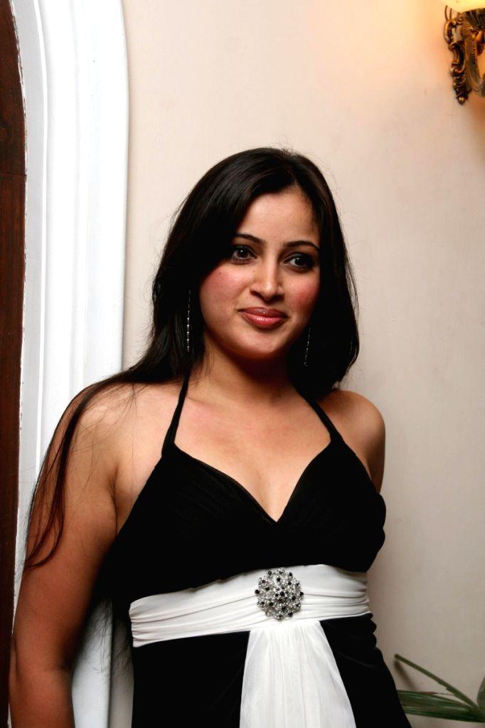Venus launches Rahbar and Chahat album at Club Millennium, in Mumbai.