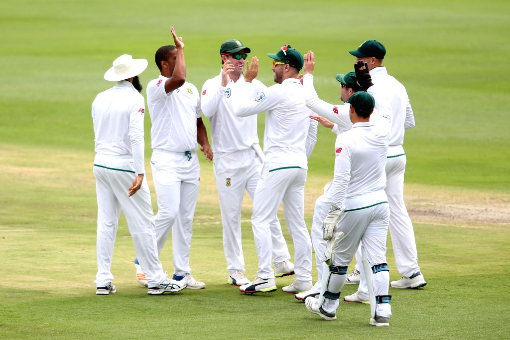 Vernon Philander of South Africa fall of Lokesh Rahul's wicket during Day 3 of the third Test match between South Africa and India at the Wanderers Stadium in Johannesburg, South Africa ... - Lokesh Rahul