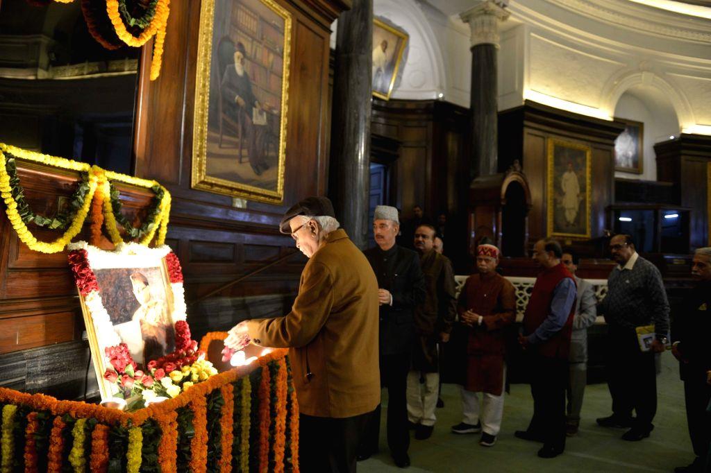 Veteran BJP leader L.K. Advani pays tributes to Netaji Subhas Chandra Bose on his birth anniversary in New Delhi on Jan 23, 2018. - K. Advani