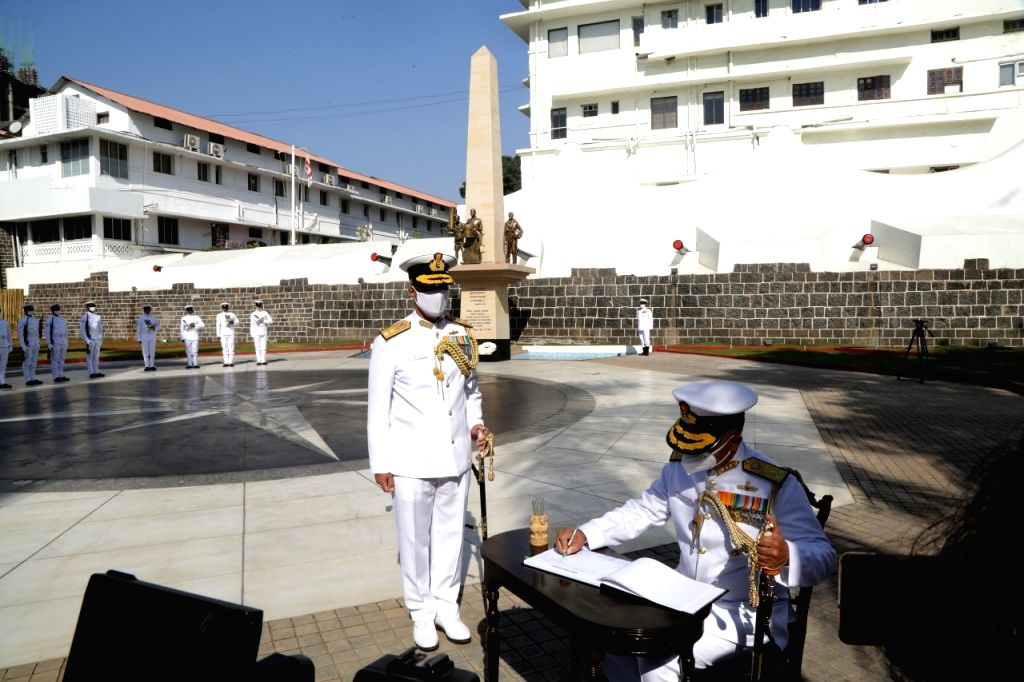 Vice Admiral R Hari Kumar, PVSM, AVSM, VSM took over as the Flag Officer Commanding-in-Chief (FOC-in-C) of the Western Naval Command on 28 Feb 2021 at Mumbai. (Credit: PRO Defence)