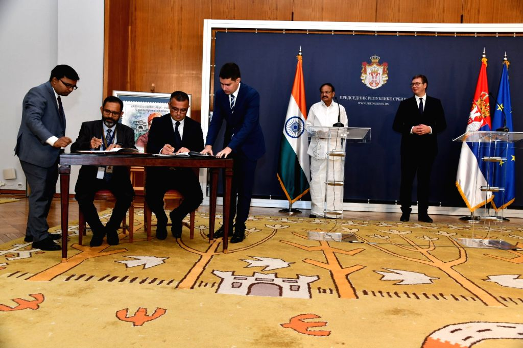 Vice President M. Venkaiah Naidu and Serbian President Aleksandar Vucic witness signing of Agreements in Belgrade, Serbia on Sept 15, 2018. - M. Venkaiah Naidu