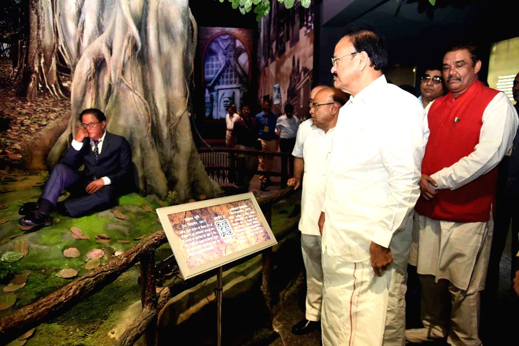 Vice President M. Venkaiah Naidu during his visit to the Dr. Ambedkar National Memorial, in New Delhi on May 30, 2018. Also seen Union Social Justice and Empowerment Minister Thaawar Chand ... - Thaawar Chand Gehlot and M. Venkaiah Naidu