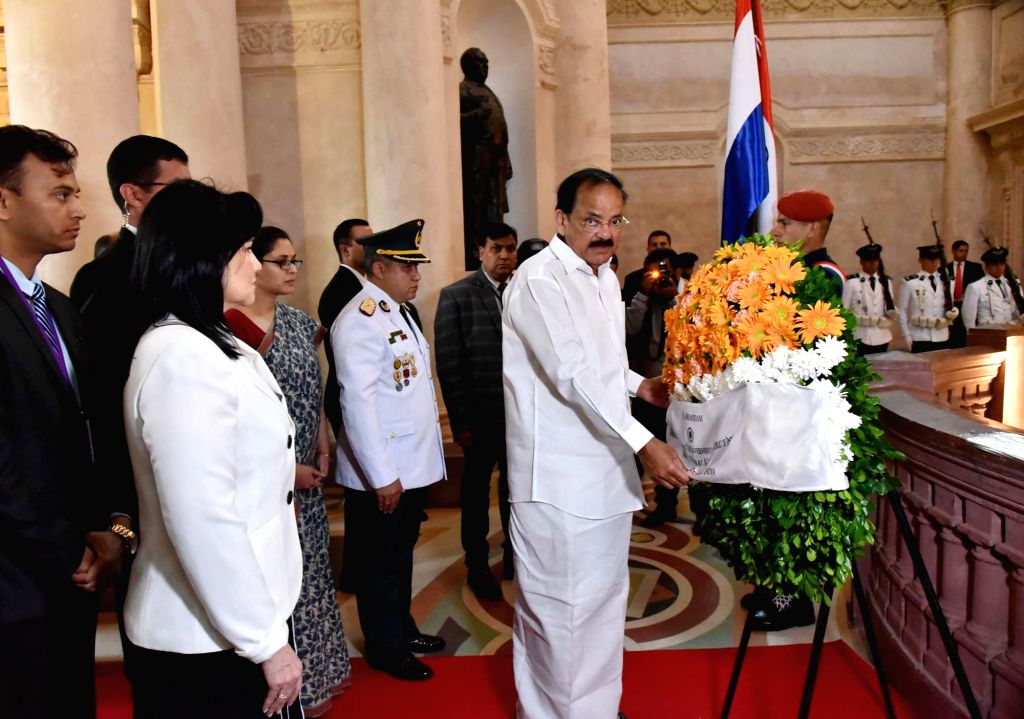 Vice President M. Venkaiah Naidu pays tribute to fallen heroes of Paraguay, at the National Pantheon of Heroes, in Asuncion, Paraguay, on March 6, 2019. - M. Venkaiah Naidu