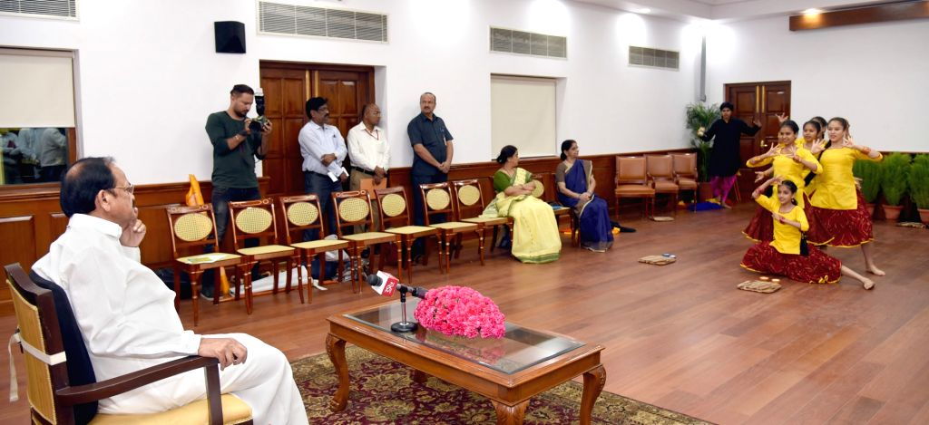 """Vice President M. Venkaiah Naidu witnesses the cultural performance given by the students who represented India at """"The International Movement of Children and Their Friends"""" at the ... - M. Venkaiah Naidu"""