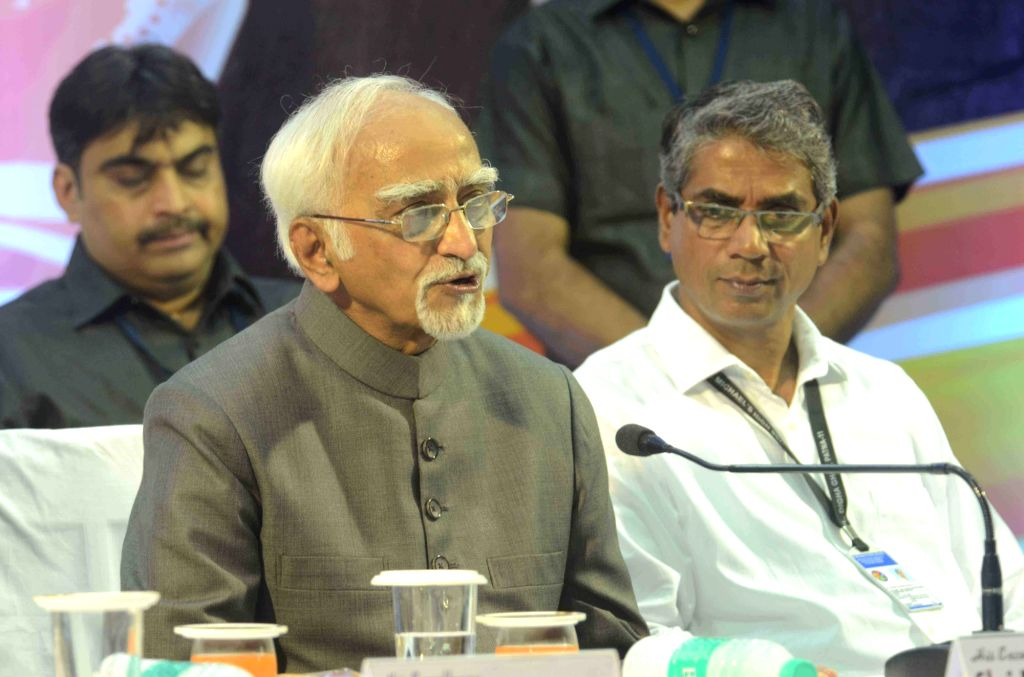 Vice-President Mohammad Hamid Ansari addresses during a programme at a Patna school on Sept 9, 2016.