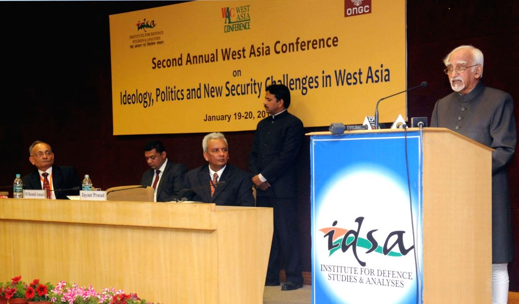 Vice-President Mohammad Hamid Ansari delivers the keynote address at the 2nd West Asia Conference, at Institute for Defence Studies and Analyses, in New Delhi on Jan 19, 2016.