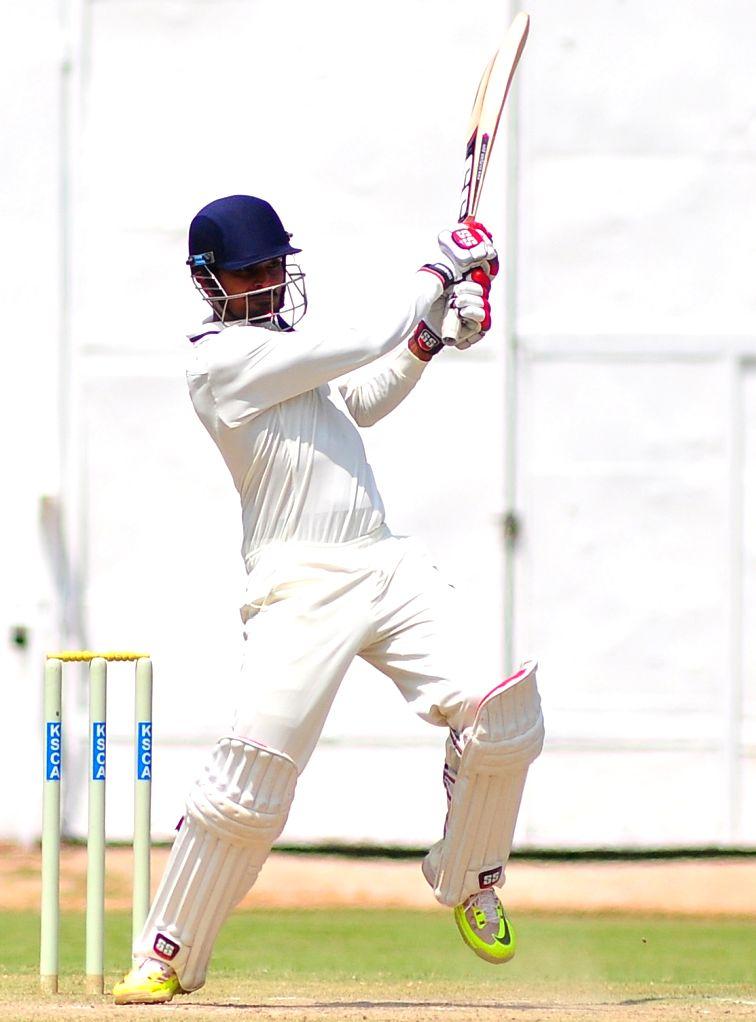 Vidharba cricketer Subramaniam Badrinath in action during the Ranji Trophy Match between Vidharba and Karnataka at Chinnaswamy Stadium, in Bangalore on Oct 17, 2015.