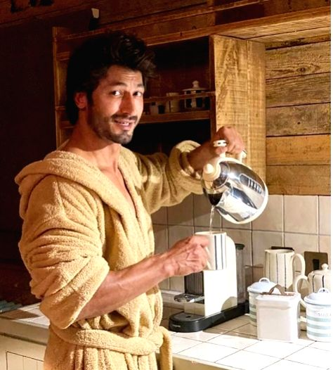 Vidyut Jammwal has a 'dirty' question