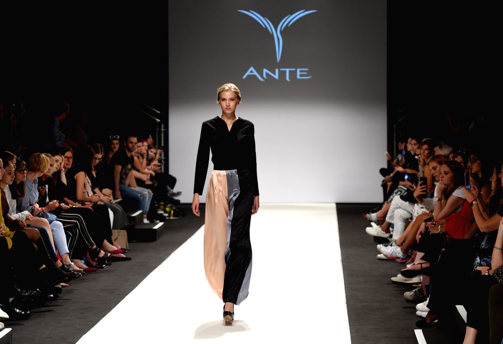 VIENNA, Sept. 12, 2019 - A model presents a creation of ANTE during Vienna Fashion Week 2019 in Vienna, Austria, on Sept. 12, 2019. Vienna Fashion Week 2019 is held here from Sept. 9 to Sept. 15, ...