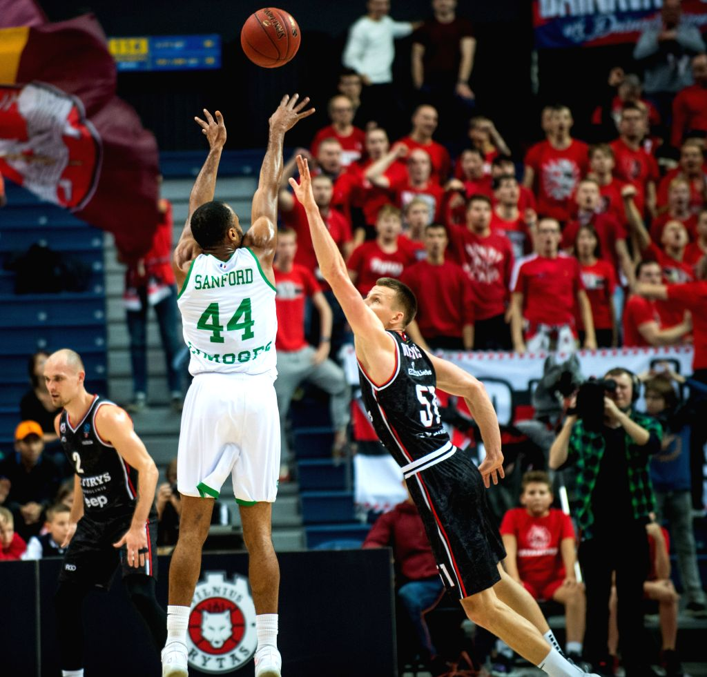 VILNIUS, Nov. 14, 2019 - Vincent Sanford (C) of Limoges CSP shoots during a regular season Round 7 match between Rytas Vilnius and Limoges CSP at 2019-2020 Eurocup basketball tournament in Vilnius, ...