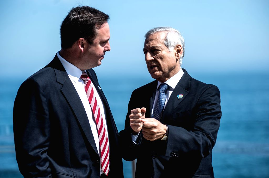 """VINA DEL MAR, March 16, 2017 - Chile's Foreign Minister Herald Munoz (R) talks with Australian Trade, Tourism and Investment Minister Steven Ciobo after the """"High Level Dialogue on Integration ... - Herald Munoz"""