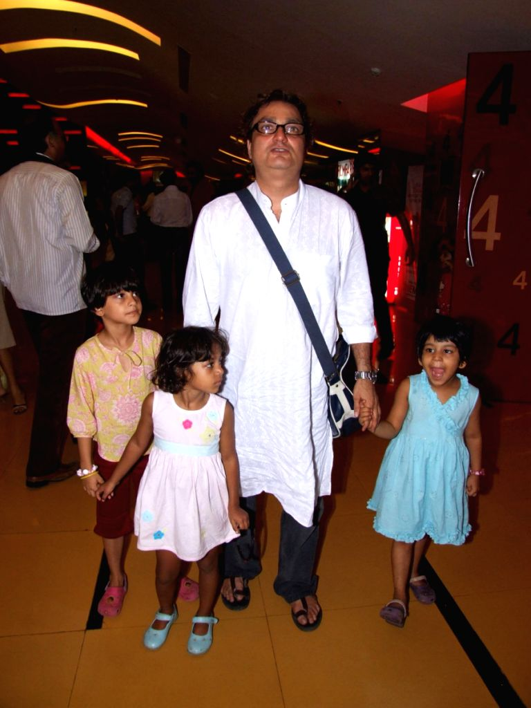 Vinay Pathak at Maruti Mera Dost film Premiere at Fame in Mumbai. - Vinay Pathak