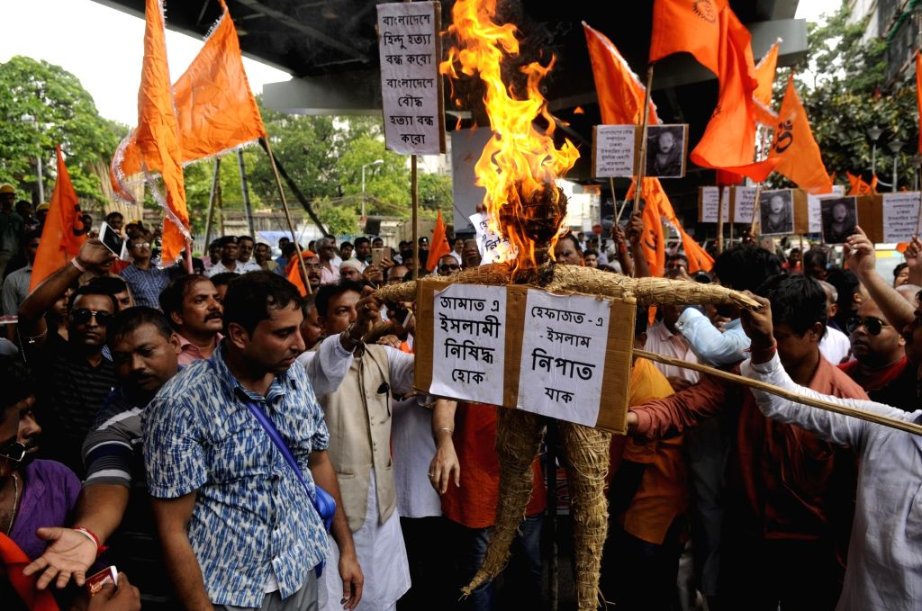 Fresh attacks on Hindus in Bangladesh; houses torched
