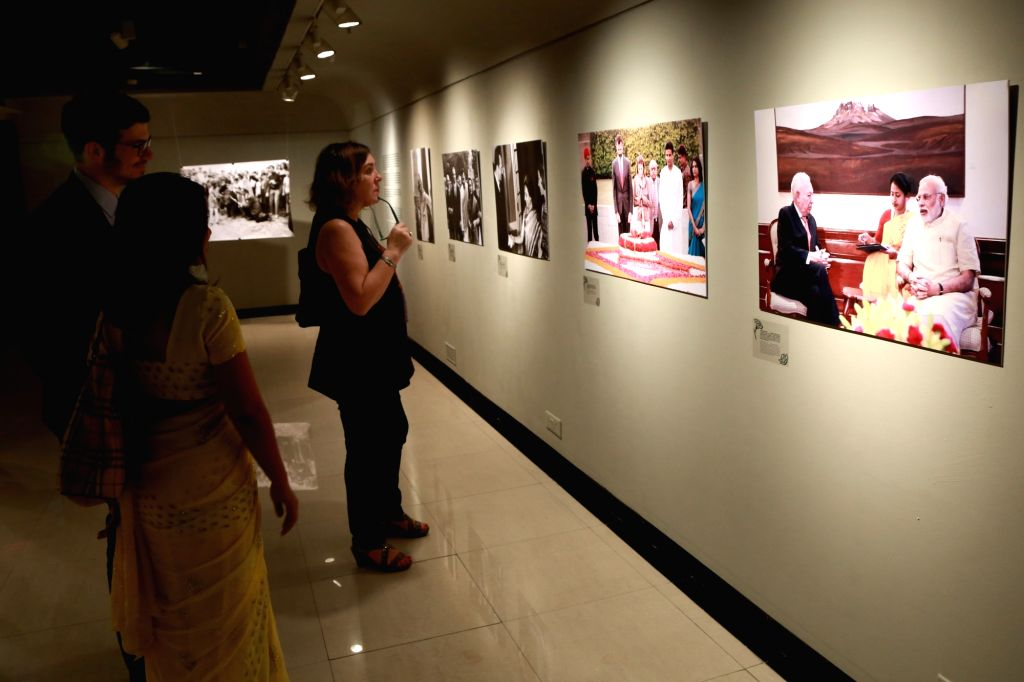 "Visitors during the photography exhibition ""SPAINDIA"" organised by the Embassy of Spain in collaboration with Instituto Cervantes and Agencia EFE (EFE news agency), in New Delhi ..."
