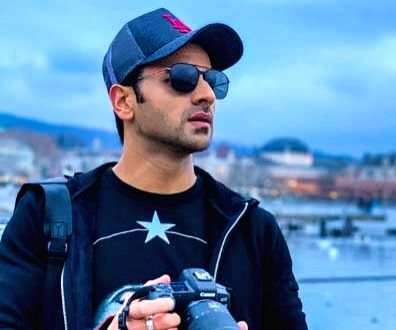 Vivek Dahiya's sweet moments lost with memory card.