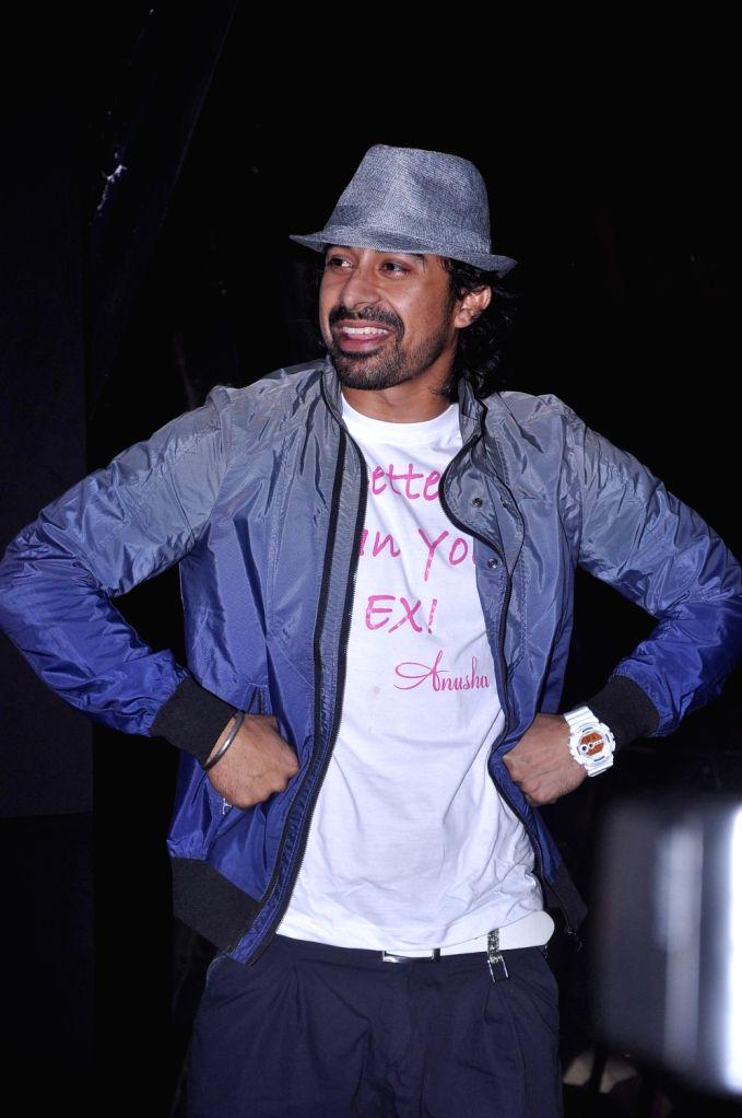 VJ-turned-actor Ranvijay Singh during Anusha Dandekar`s  album launch `Better Then Your EX` in Tryst, Mumbai. - Ranvijay Singh