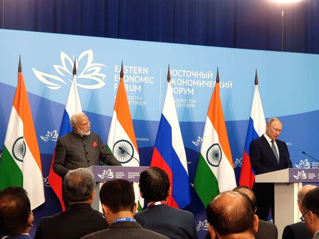 Vladivostok: Prime Minister Narendra Modi and Russian President Vladimir Putin issue Joint Press Statement, in Vladivostok on Sep 4, 2019. (Photo: IANS) - Narendra Modi