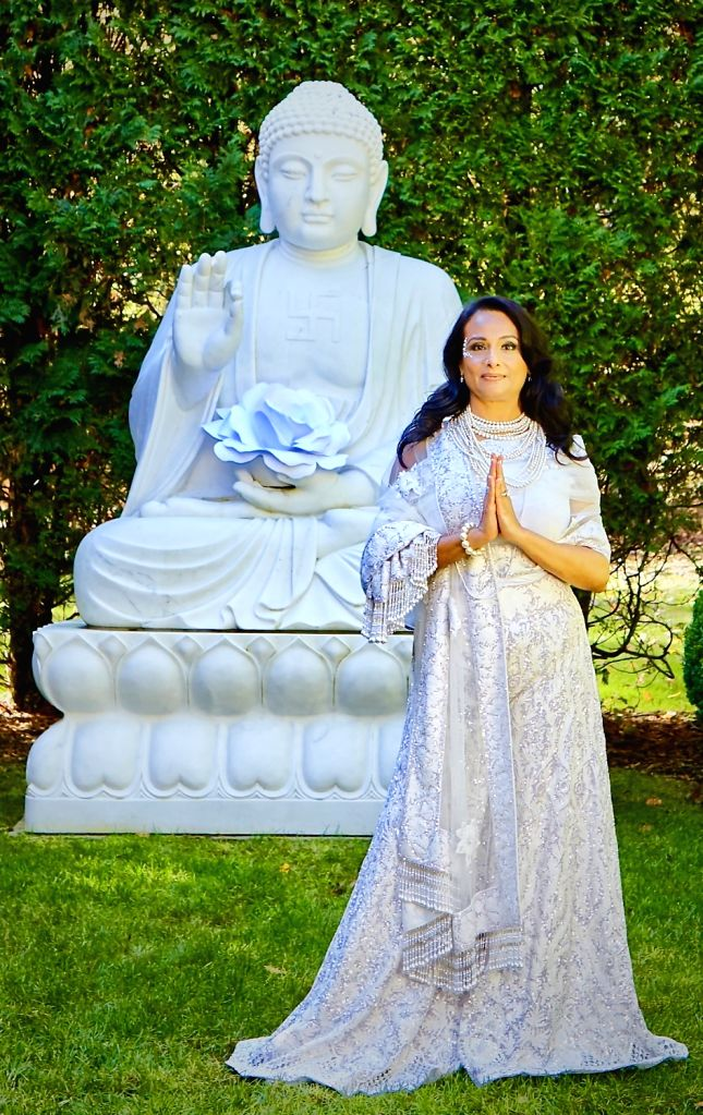 Vocalist Ila Paliwal launches symphonies dedicated to Earth.