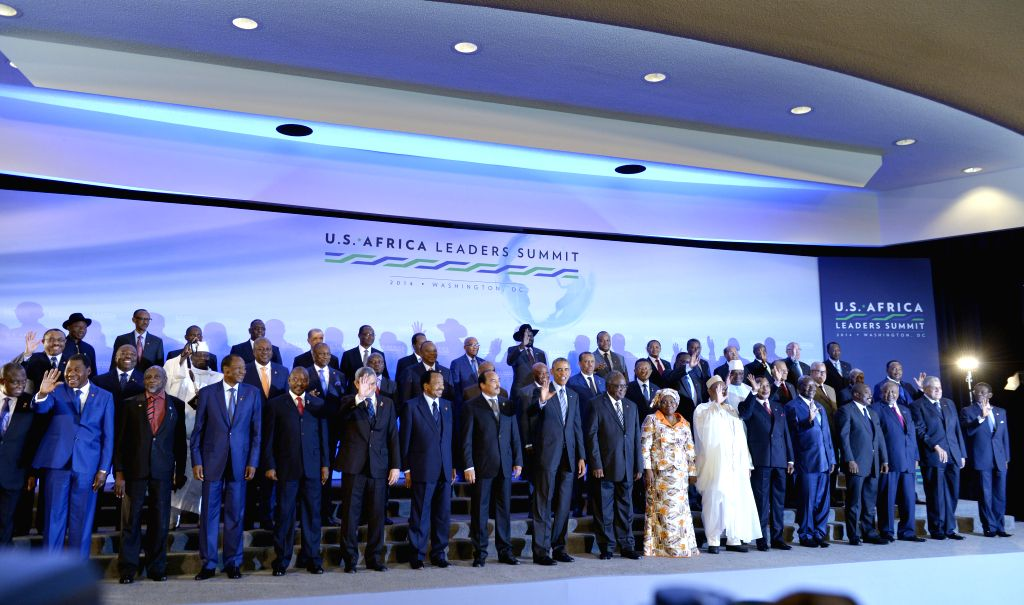 U.S. President Barack Obama (C) and leaders of African countries pose for a family photo during the U.S.-Africa Leaders Summit in Washington D.C., the United