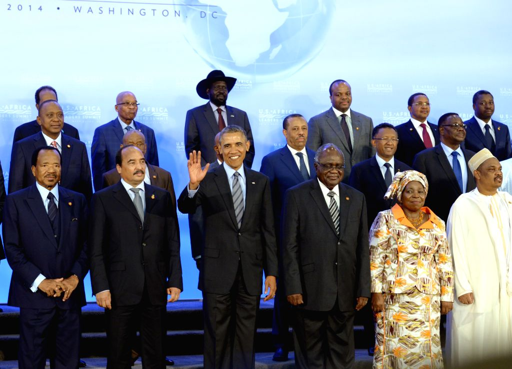 U.S. President Barack Obama (3rd L) poses for a family photo with leaders of African countries during the U.S.-Africa Leaders Summit in Washington D.C., the .