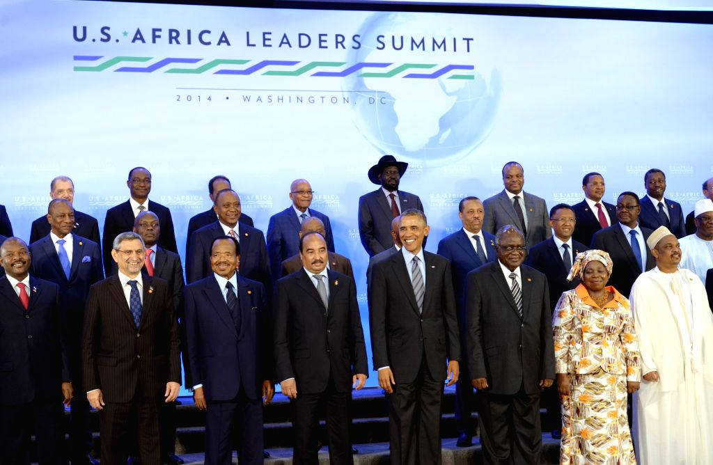 U.S. President Barack Obama (4th R) poses for a family photo with leaders of African countries during the U.S.-Africa Leaders Summit in Washington D.C., the .