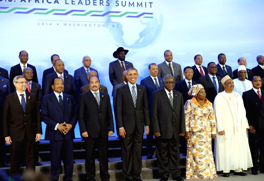 U.S. President Barack Obama (4th L) poses for a family photo with leaders of African countries during the U.S.-Africa Leaders Summit in Washington D.C., the .