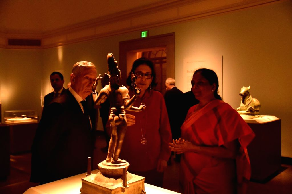 Washington DC: Nirmala Sitharaman visits Freer and Sackler Galleries of Asian  Art