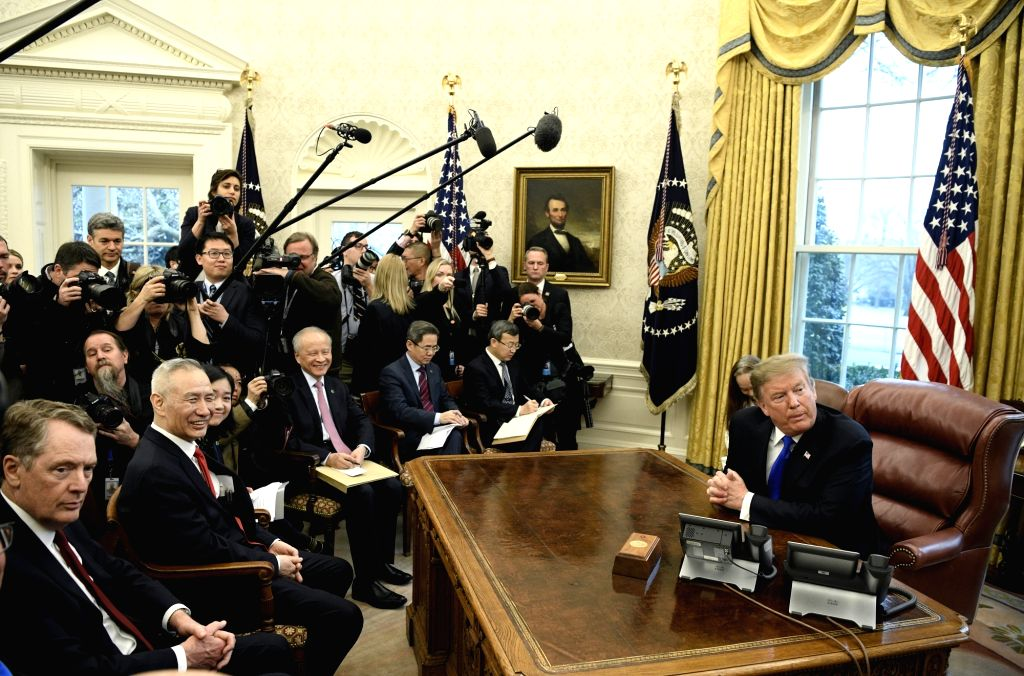 WASHINGTON, Feb. 23, 2019 (Xinhua) -- U.S. President Donald Trump (1st R) meets with Chinese Vice Premier Liu He (2nd L, front) at the Oval Office of the White House in Washington, D.C., the United States, Feb. 22, 2019. U.S. President Donald Trump o