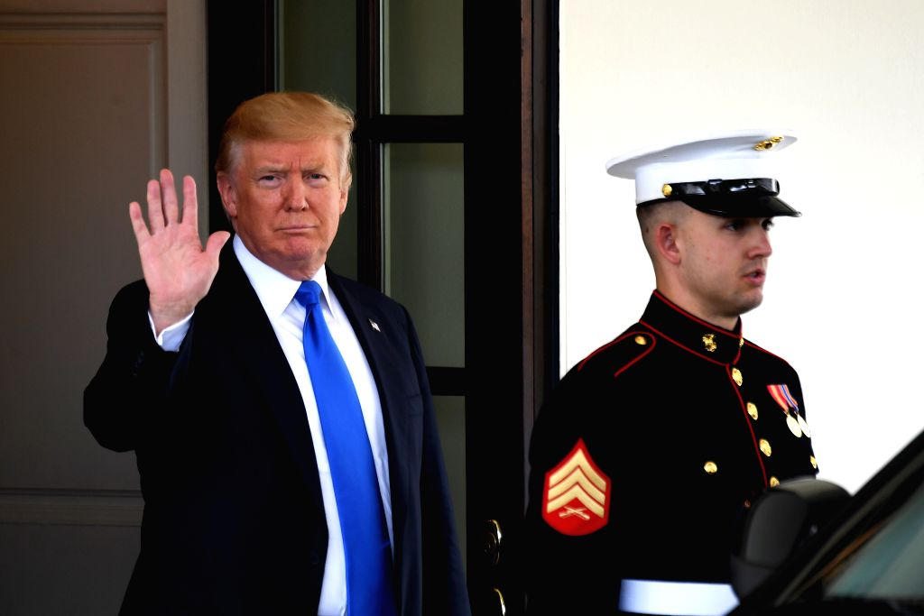 WASHINGTON, July 25, 2017 - U.S. President Donald Trump (L) waits to welcome visiting Lebanese Prime Minister Saad Hariri (not in the picture) at the White House in Washington D.C., the United ... - Saad Hariri