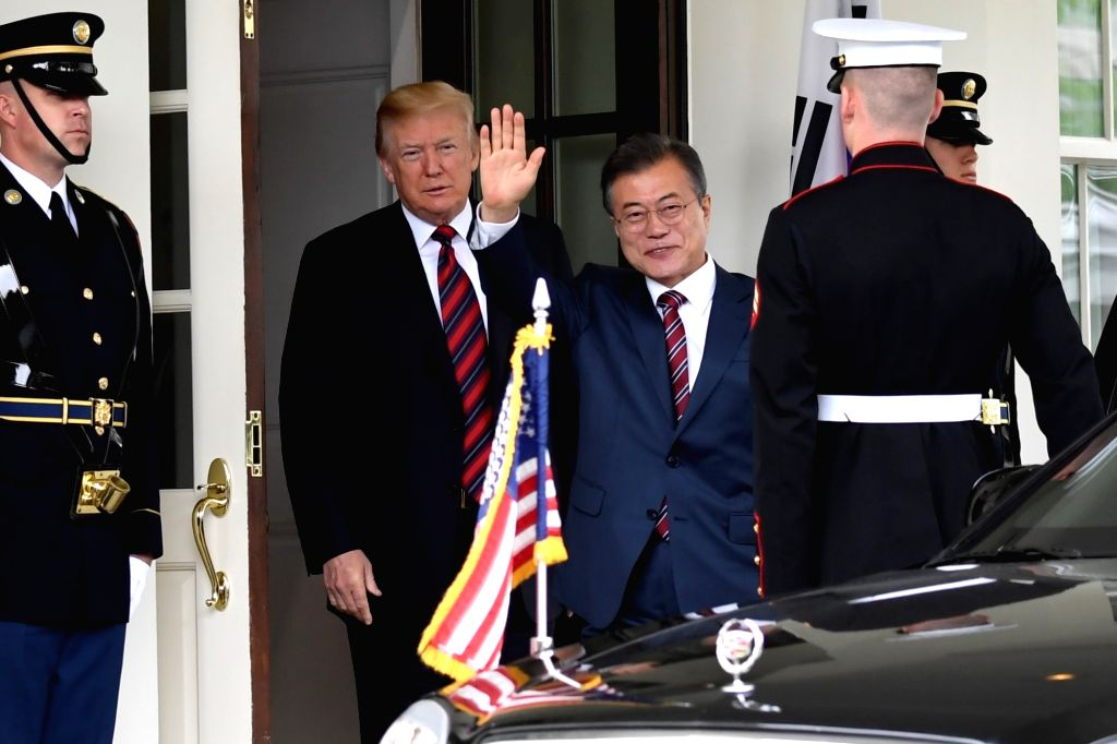 WASHINGTON, May 22, 2018 - U.S. President Donald Trump (2nd L) welcomes visiting President of the Republic of Korea (ROK) Moon Jae-in (3rd L) at the White House in Washington D.C., the United States, ...