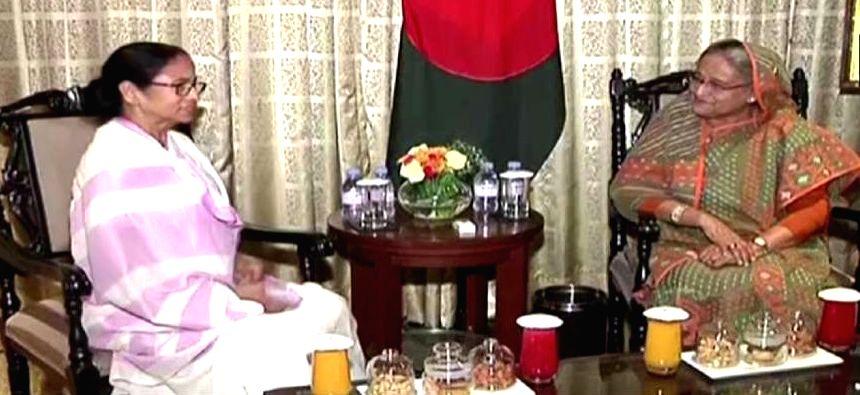 WB CM Mamata greets B???desh PM Hasina on Eid-ul-Azha