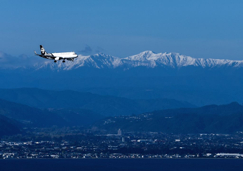 WELLINGTON, June 2, 2019 - File photo taken on Sept. 10, 2018 shows an Air New Zealand plane preparing to land on the Wellington Airport in Wellington, New Zealand. An Air New Zealand plane from ...