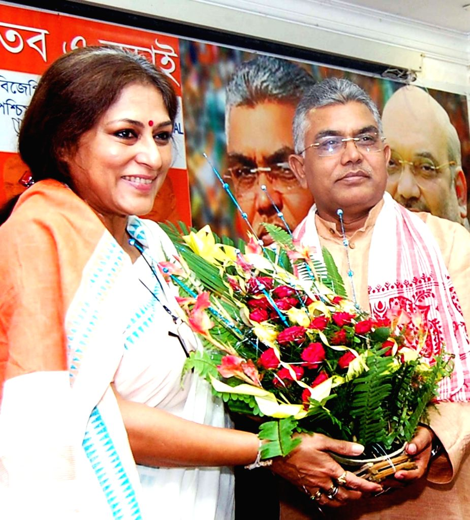 West Bengal BJP chief Dilip Ghosh felicitates Rajya Sabha MP Roopa Ganguly in Kolkata, on Oct 6, 2016. - Dilip Ghosh