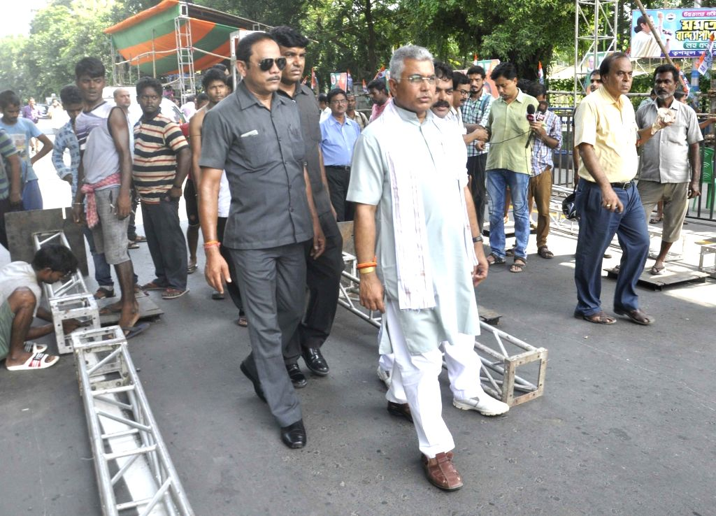 West Bengal BJP president Dilip Ghosh inspects the preparation of BJP president Amit Shah's rally, in Kolkata, on Aug 10, 2018. - Dilip Ghosh and Amit Shah