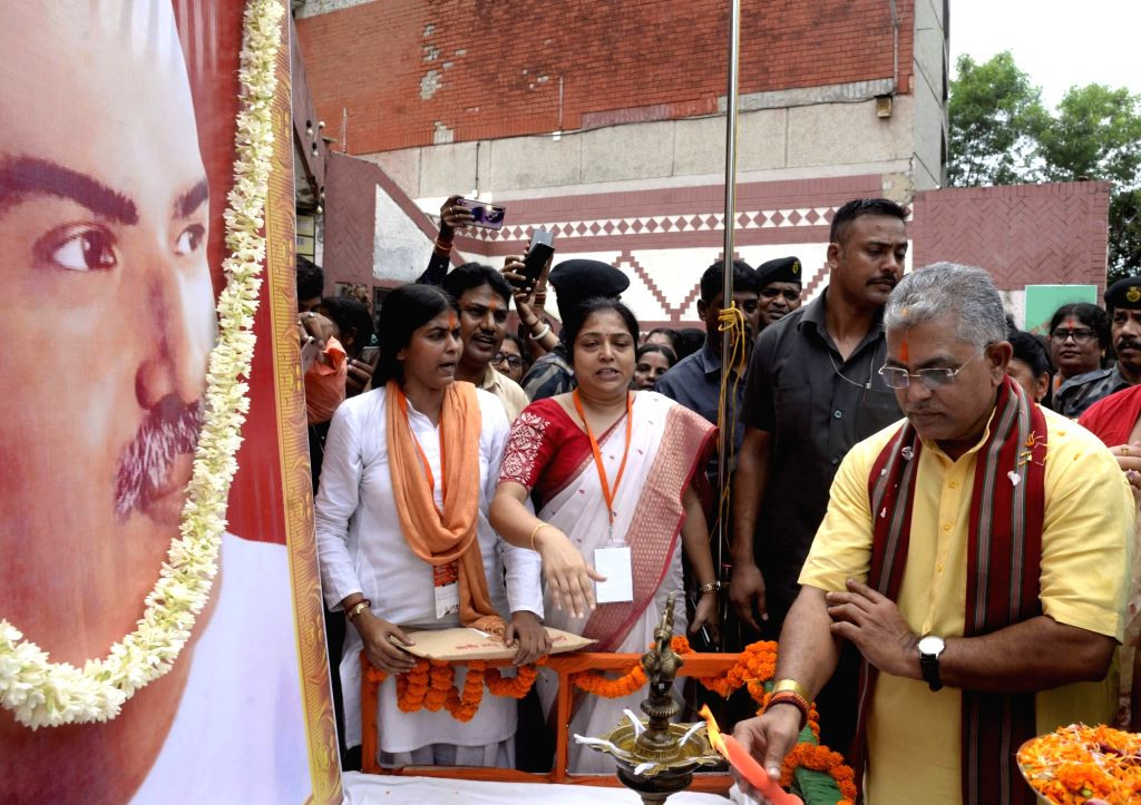 """West Bengal BJP President Dilip Ghosh pays tributes to Syama Prasad Mukherjee at a workshop on """"One Nation One Constitution"""" in Kolkata on Sep 14, 2019. - Dilip Ghosh and Syama Prasad Mukherjee"""