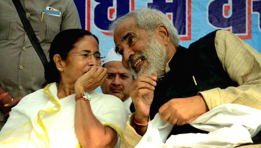 West Bengal Chief Minister and Trinamool Congress (TMC) supremo Mamata Banerjee during a rally against demonetisation in Patna on Nov 30, 2016. - Mamata Banerjee