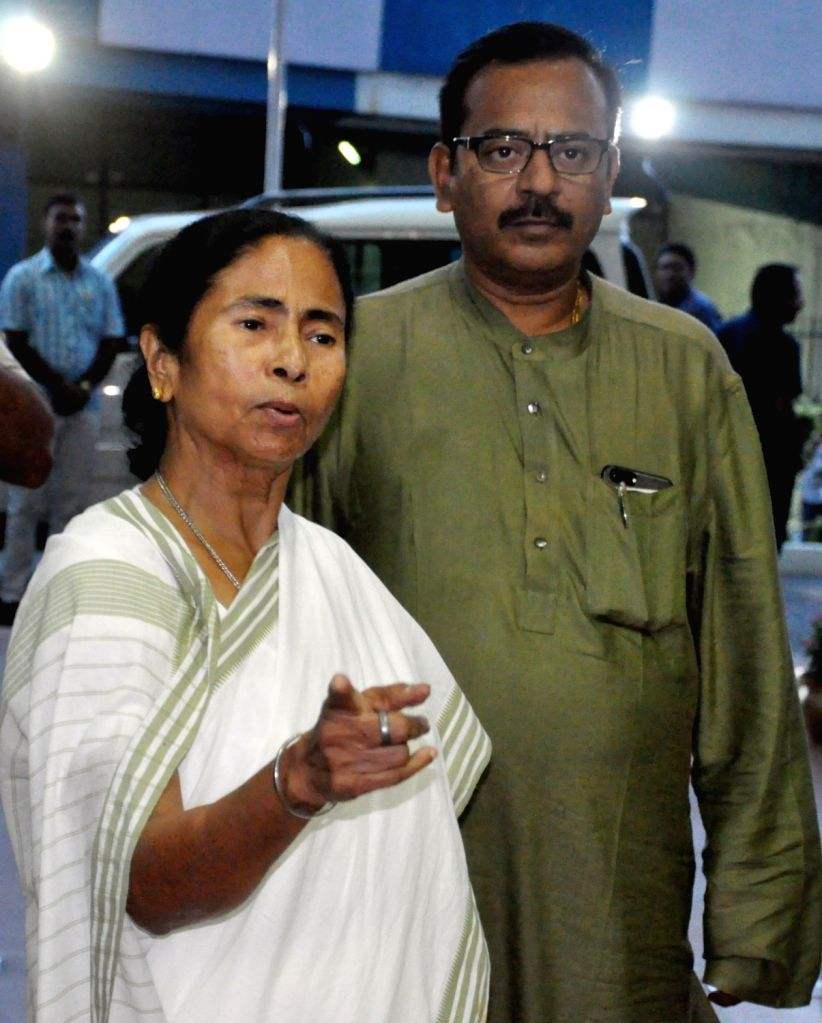 West Bengal Chief Minister Mamata Banerjee arrives to address a press conference along with Minister Aroop Biswas at Nabanna in Howrah on June 28, 2017. - Mamata Banerjee