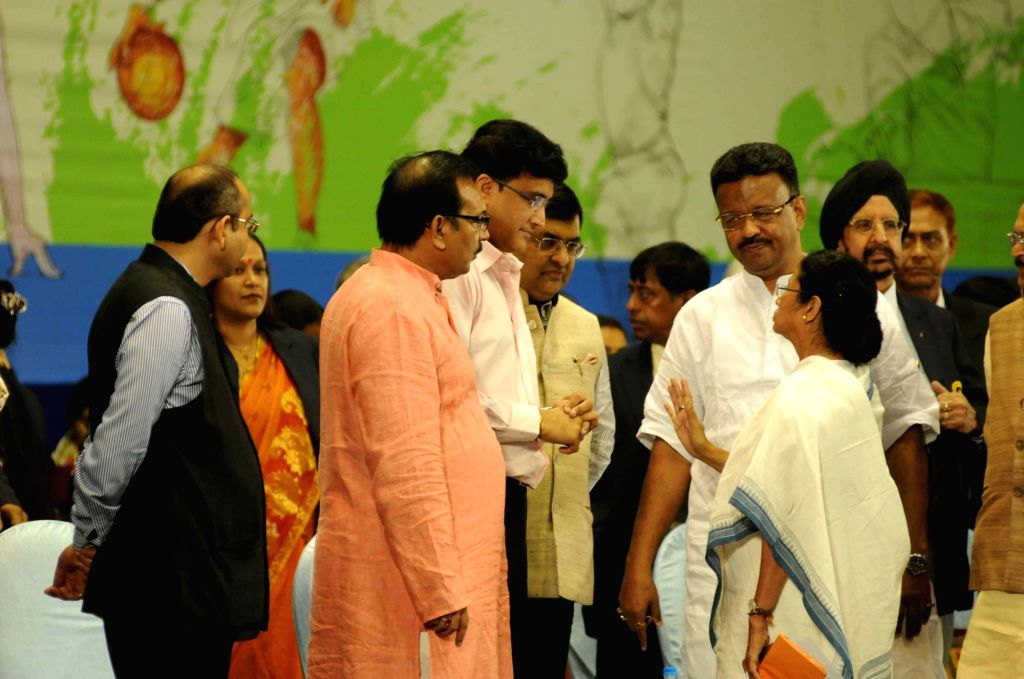 West Bengal Chief Minister Mamata Banerjee, CAB president Sourav Ganguly during Khel Samaman awards organised by West Bengal Sports Department in Kolkata, on Dec 1, 2015. - Mamata Banerjee and Sourav Ganguly