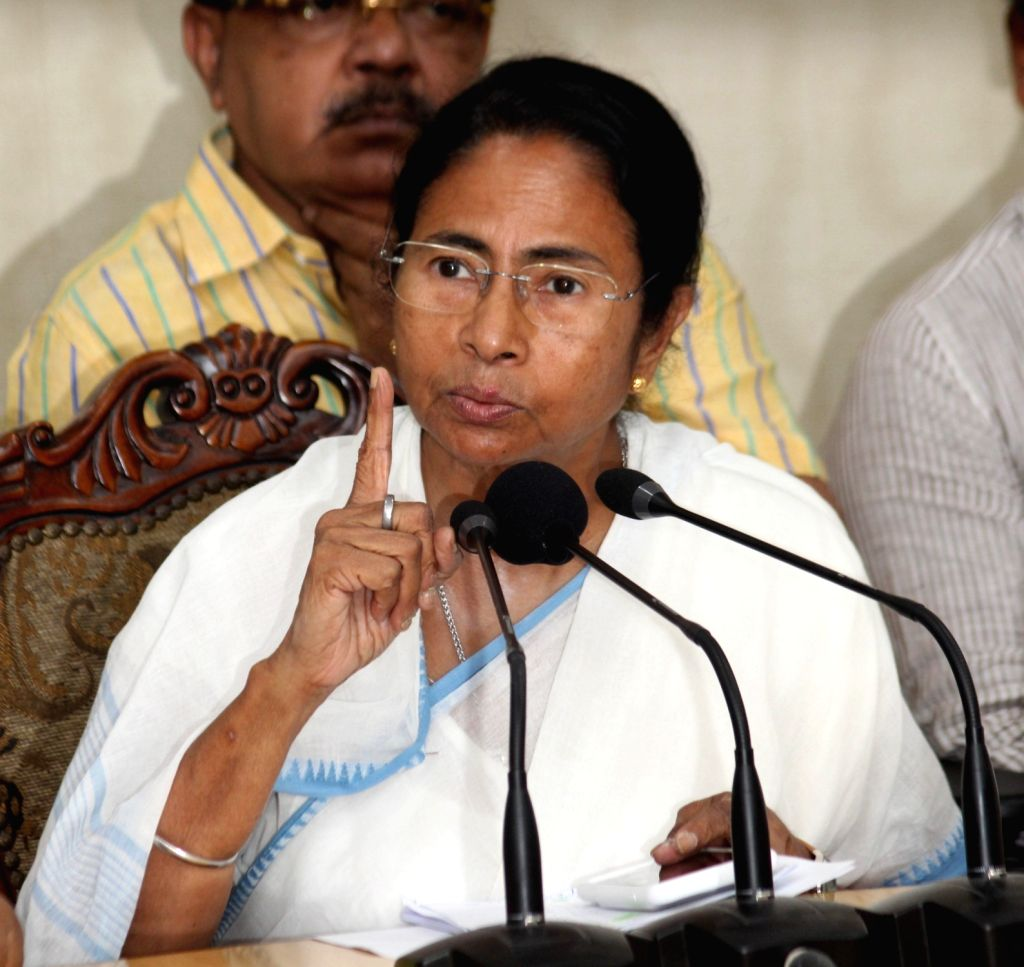West Bengal Chief Minister Mamata Banerjee during a press conference regarding land acquisition in the Tata Nano - Singur case at Nabanno in Howrah on Sept 12, 2016. - Mamata Banerjee