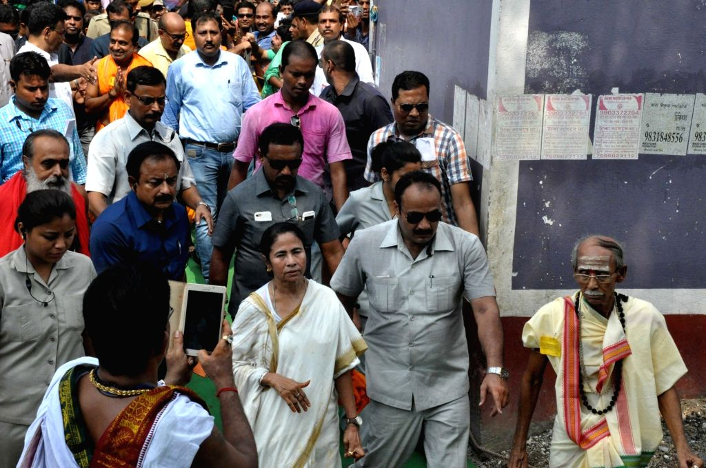 West Bengal Chief Minister Mamata Banerjee during her visit to Tarakeshwar Temple in state's Hooghly district on June 1, 2017. - Mamata Banerjee
