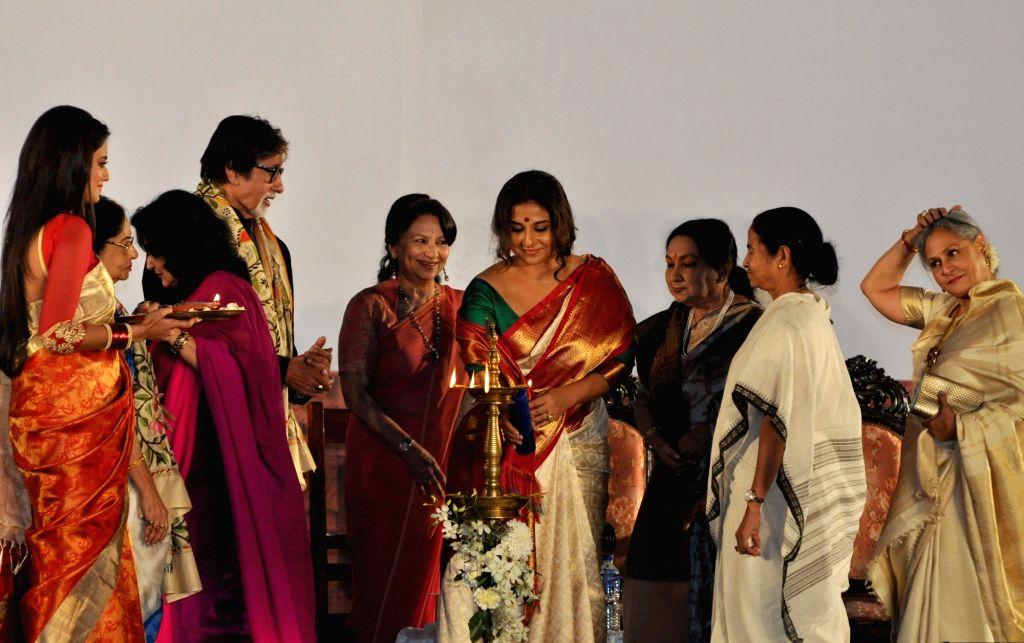 West Bengal Chief Minister Mamata Banerjee with actors Amitabh Bachchan, Jaya Bachchan, Vidya Balan, Sharmila Tagore, Moushumi Chatterjee, Prosenjit Chatterjee , Sandhya Roy and others ... - Mamata Banerjee, Amitabh Bachchan, Jaya Bachchan, Vidya Balan, Sharmila Tagore, Moushumi Chatterjee, Prosenjit Chatterjee and Sandhya Roy