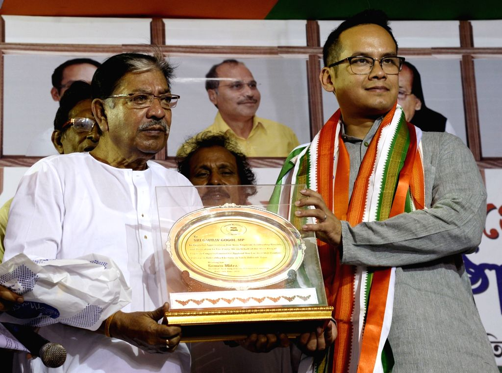 West Bengal Congress President Somen Mitra felicitates newly elected party MP from Assam's Kaliabor and AICC observer for West Bengal Gaurav Gogoi at a felicitation programme in Kolkata, on ...
