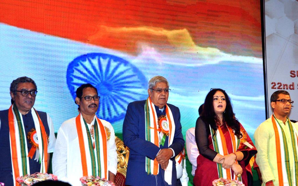 West Bengal Governor ???Jagdeep Dhankhar, BJP MP Jayanta Roy, Swapan Dasgupta, BJP leader and Designer Agnimitra Paul, former footballer Kalyan Chaubey during 3rd National Medi-Meet ... - Jayanta Roy