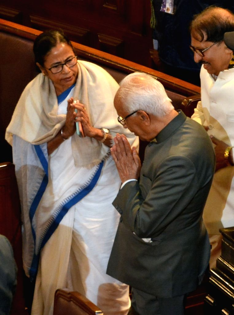 West Bengal Governor Keshari Nath Tripathi being greeted by Chief Minister Mamata Banerjee on his arrival at the Budget session of the state assembly, in Kolkata on Feb 1, 2019. - Mamata Banerjee and Keshari Nath Tripathi