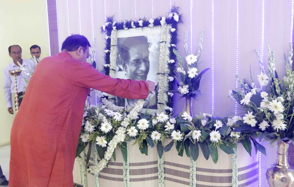 West Bengal Minister Aroop Biswas pays tribute to filmmaker Satyajit Ray on his birth anniversary at Nabanna in Howrah on May 2, 2017. Satyajit Ray was the greatest filmmakers of the 20th ... - Aroop Biswas